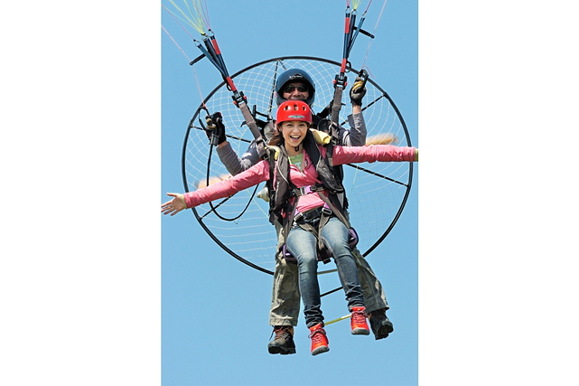 【埼玉・モーターパラグライダー】二人乗りプラン!タンデムフライトで空へ飛び立とう!