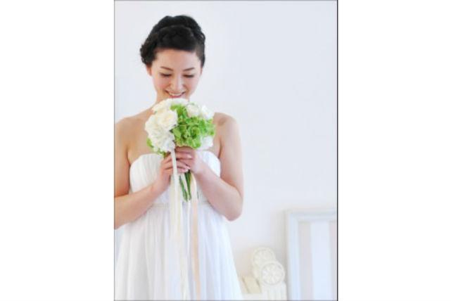 【長野・フラワーアレンジメント 】お2人の好きな花でブーケを作るブライダルプラン