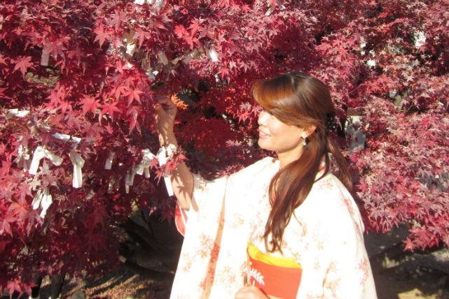 【大阪府堺市・着付け】サロンでも、自宅でも。未婚女性の礼装、振袖着付けプラン