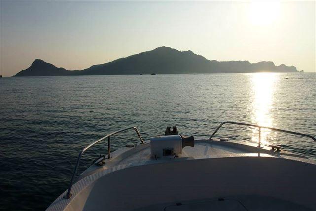 【宮崎・幸島・都井岬周遊コース】大自然が広がる景観をクルージングで満喫しましょう