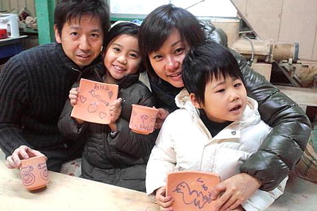 【徳島・陶芸体験】個性がキラリ!子どもから大人まで大歓迎の絵付け体験