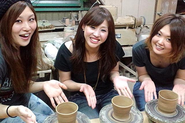 【徳島・陶芸体験】大谷焼窯元でならう!手びねりで好みの器をつくろう!