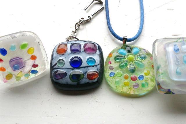 【熊本県玉名郡・ガラス工芸】発想は自由!パーツを組み合わせて作るアクセサリー体験