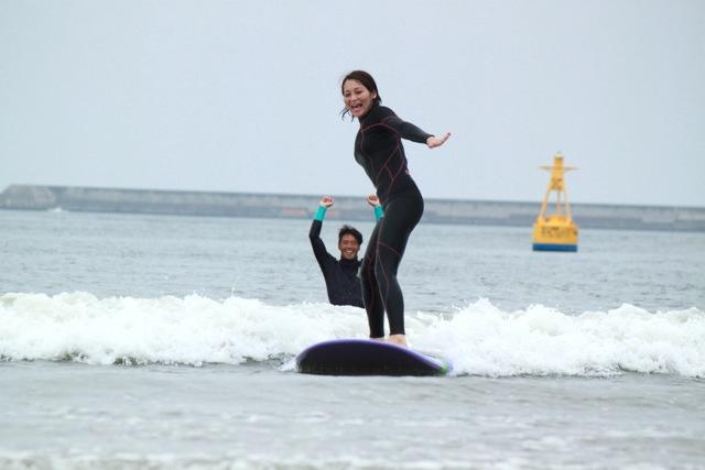 【茨城・サーフィン体験】波に乗るって、気持ちいい!ビギナー向け体験レッスン