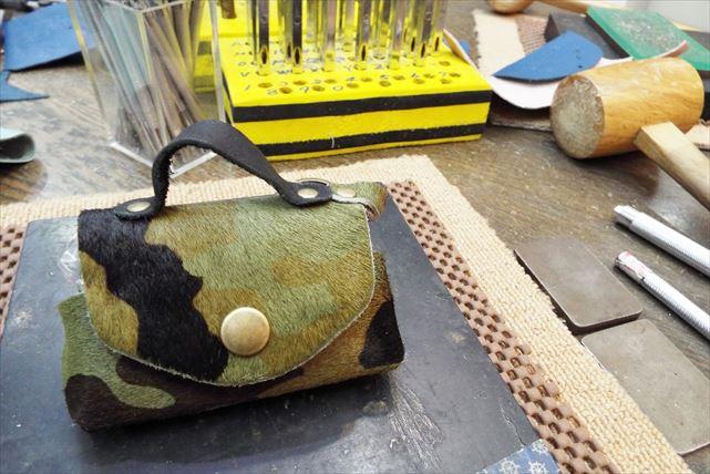 【神戸市・レザーミニバッグ作り】アクセサリーケースにぴったりのミニバッグを作ろう