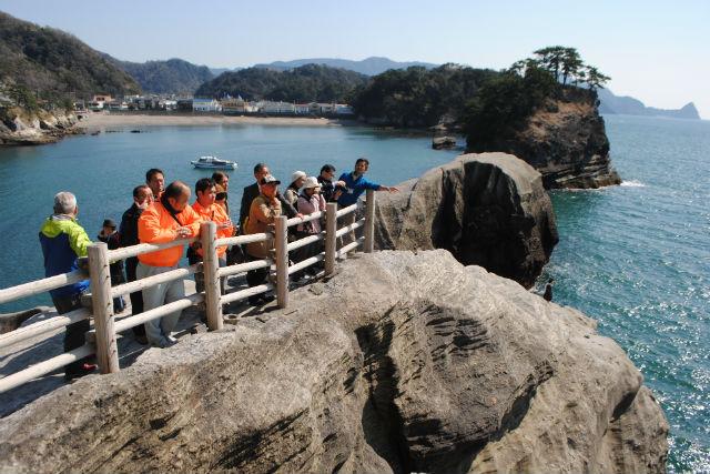 【静岡・西伊豆・エコツアー】遠足気分で楽しもう!堂ヶ島ジオガイド