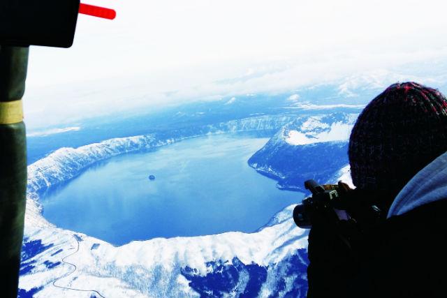 【北海道・摩周湖・熱気球】冬季限定!高度2,000mから眺める、神秘の摩周湖