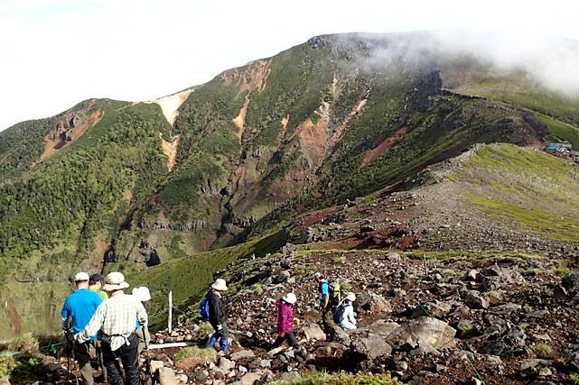 【静岡・トレッキング】富士山の絶景を目指して歩こう!日帰りトレッキングツアー