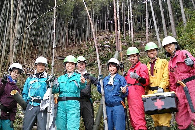 【静岡・農業体験】竹林整備と竹クラフト!交流会も楽しいボランティア体験