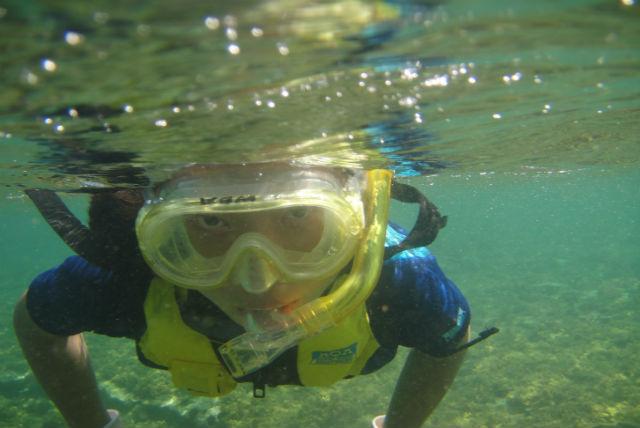 【和歌山・シュノーケリング】小学生からOK!水中スクーターで進む、シュノーケリング体験