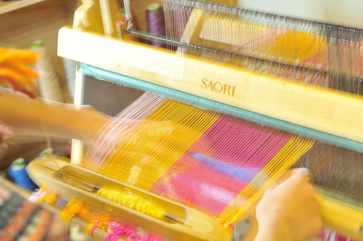 【大阪市北区・手織り体験】自由に作る喜び。大阪市内で、手織り体験