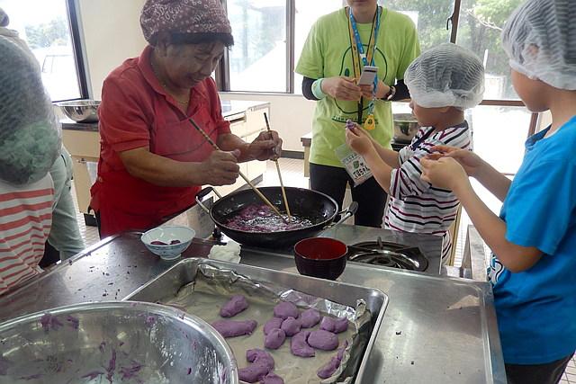 【沖縄県宮古島・料理体験】沖縄の郷土料理を作ろう!好きなものを作れる料理体験