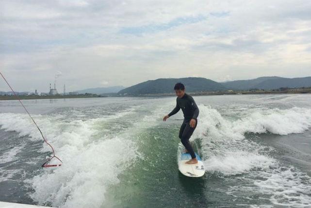【鹿児島県・ウェイクサーフィン】川内川の自然に囲まれてエンドレスにサーフィン!