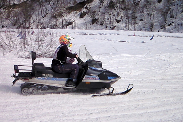 【青木湖・30分・スノーモービル】初めてのスノーモービルを体験してみよう!30分プラン