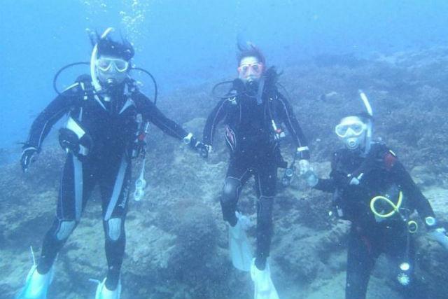 【愛媛・体験ダイビング】サンゴと熱帯魚に会いに行こう!愛媛県須ノ川で体験ダイビング