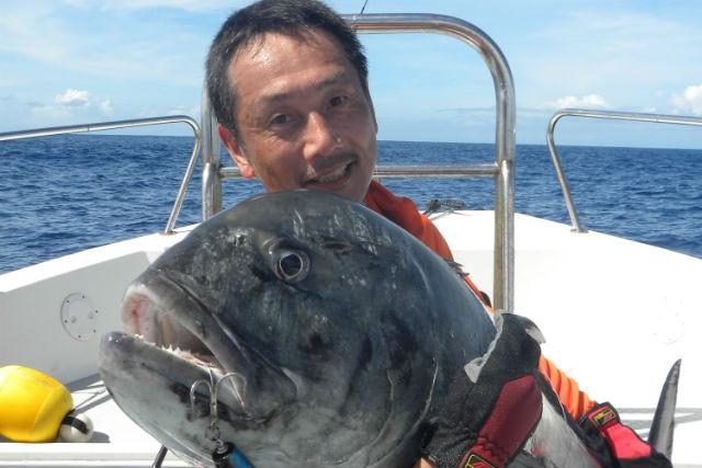 【沖縄・西表島・釣り】バリエーション豊かな魚が釣れる!リーフ&ボトムフィッシング(チャーター船)