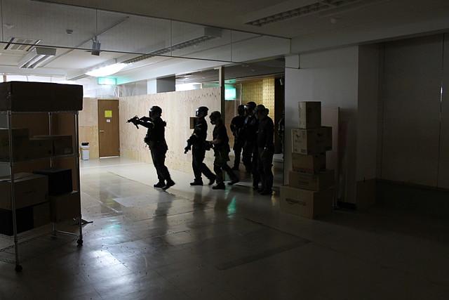 【奈良・サバイバルゲーム・休日夜2時間】廃ビルのフィールドでゲーム体験!サクッとプラン
