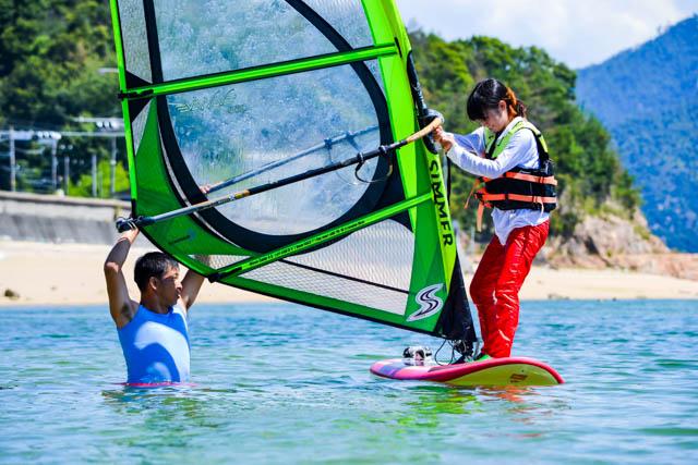 【広島県鳴川・ウインドサーフィン】自然との一体感に大興奮!宮島ウインドサーフィン体験