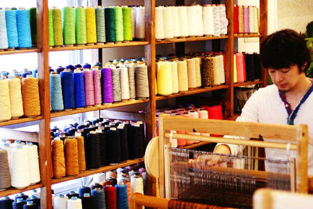 【吉祥寺・機織り体験】1日コースでゆったり楽しめる!自分の感性で織る、手織り体験