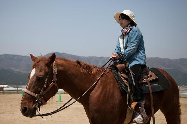 【阿蘇・乗馬体験】本格的な乗馬コースをお散歩!外乗60分プラン