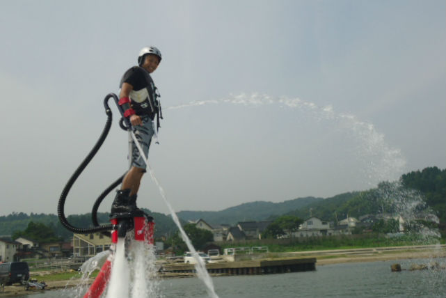 【富山・フライボード&ボートレンタル】海釣りもできるフライボード満足プラン(要船舶免許2級以上)