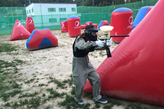 【北海道空知・サバイバルゲーム】女性や家族も楽しめる!新感覚の撃ち合い、ペイントボール・Aコース
