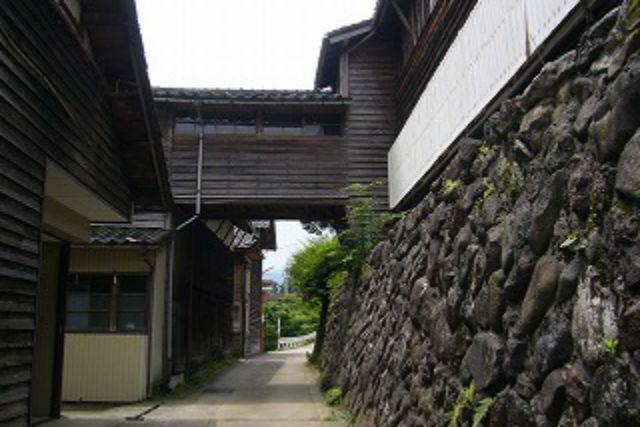 【富山・ガイドツアー】見どころ満載の歩き旅。越中の小京都「城端」をめぐろう
