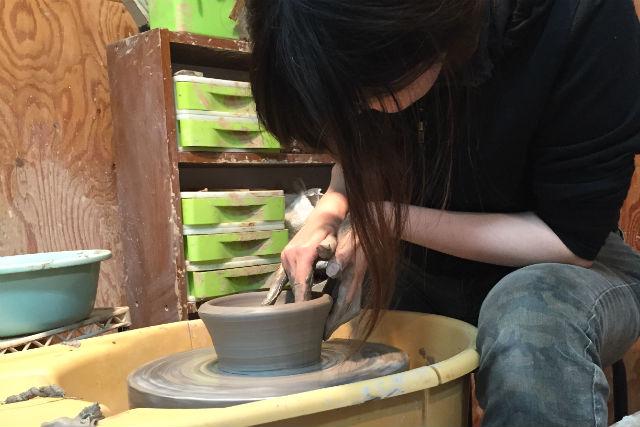 【福岡市・陶芸体験】本格派志向のアナタに。電動ろくろ体験