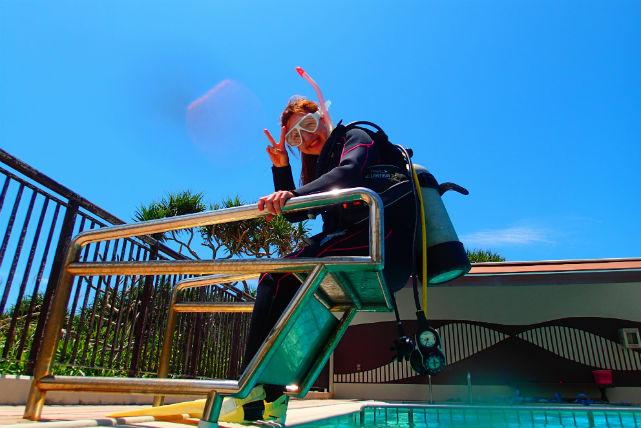 【沖縄・恩納村・ライセンス取得】水深12メートルを目指して。スクーバライセンス取得!