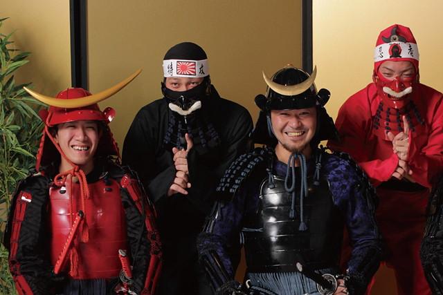 【沖縄・変身写真】憧れの忍者装束を身につけて、非日常の写真撮影を体験