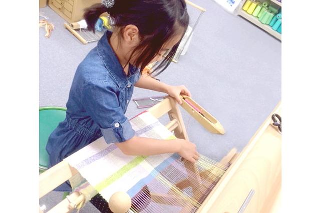 【愛知県名古屋市・手織り体験】色で遊ぶ2時間!自分の感性で紡ぐ手織り体験