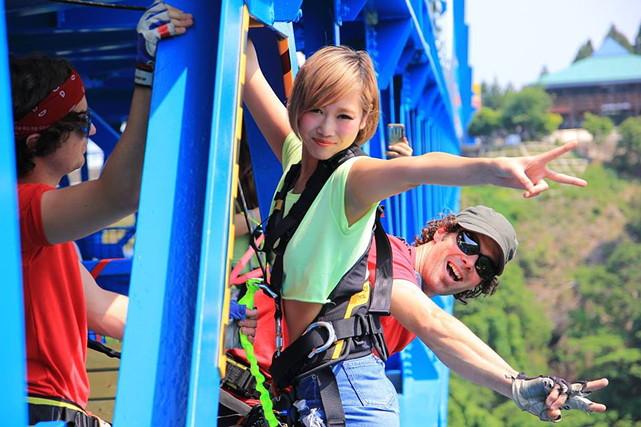 茨城・竜神橋・バンジージャンプ(国内最高、高さ100mのブリッジバンジー)