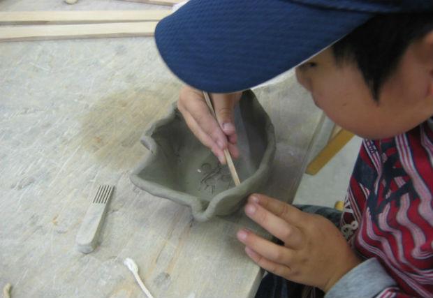 【群馬県・暮坂高原・陶芸体験】ご家族でどうぞ。子どもと楽しめる手びねり陶芸体験