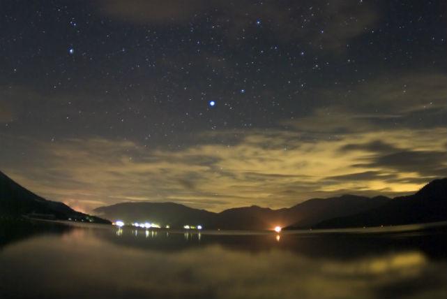 【長野・ガイドツアー】ホタルに会いに行こう!夏の思い出にピッタリの青木湖ホタル観察ツアー