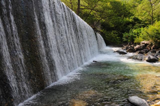 【長野県・安曇野・シャワーピクニック】国立公園内で川遊び。シャワーピクニック体験