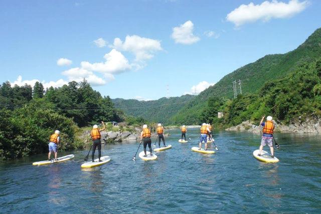 【岐阜・SUP・半日】ゆるやかな長良川を自在に進もう!SUPを操る流水コース !
