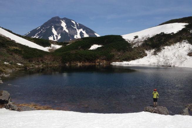 【北海道・知床・トレッキング】天空の火口湖を目指そう!天頂山ツアー