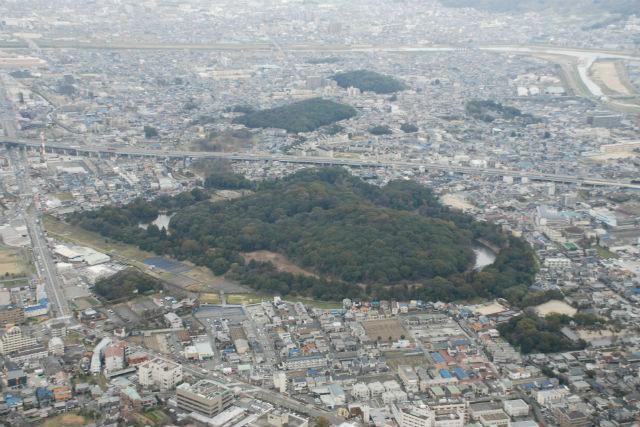 【大阪・セスナ遊覧】セスナでめぐる、古墳の数々!古墳遊覧ツアー・堺コース(21分)