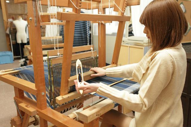 【三重・機織り体験】初心者でもたっぷり機織り!50cmの松阪木綿を手織りしよう