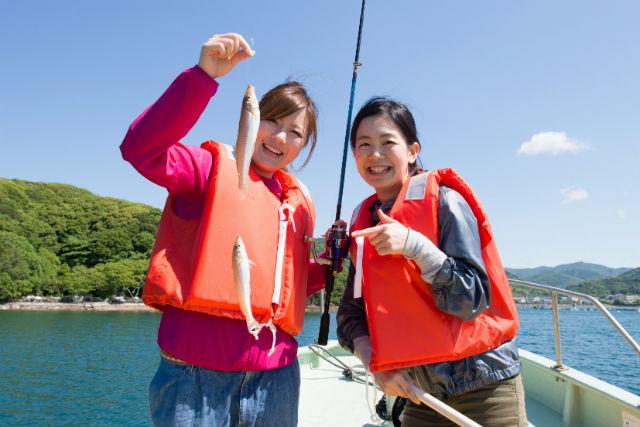 【三重・釣り体験】ベテラン船頭に学ぶ!五ヶ所湾で船釣りを体験しよう