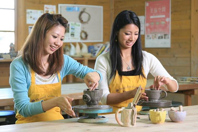 【三重県伊賀・陶芸・手びねり】親切な指導のもとで、陶芸の楽しさを満喫!