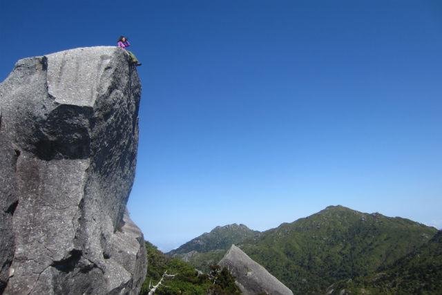 【屋久島・エコツアー・1日】初心者向け、絶景パノラマが広がる黒味岳コース8km