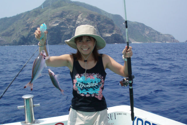 【那覇・釣り・貸切6時間】自然豊かな沖合でグルクン釣り!チャーター6時間プラン