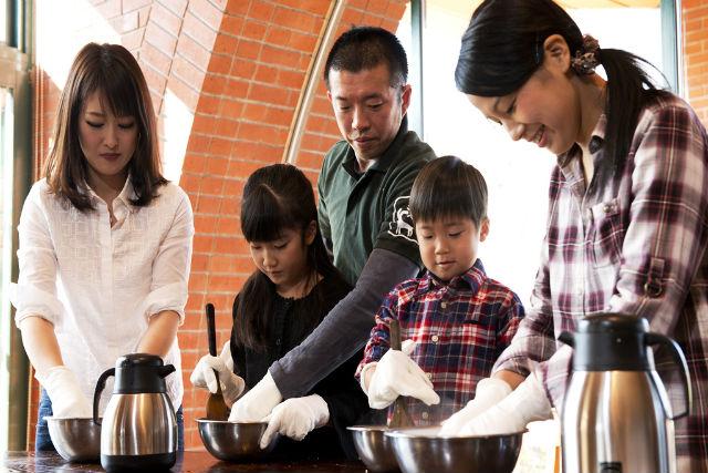 【北海道・十勝・料理体験】家族やカップルでわいわい楽しむ、ナチュラルチーズ作り!