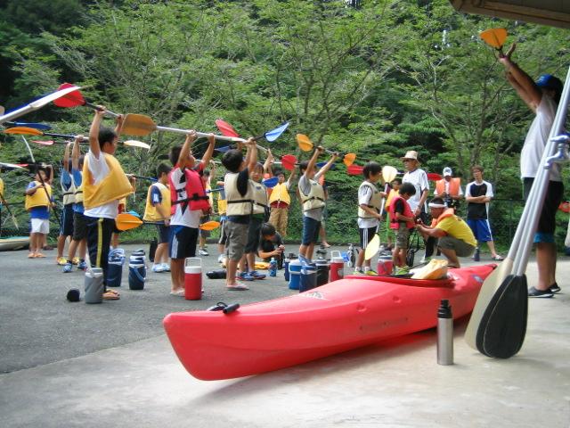 【浜松・天竜川・カヌー教室】流れが穏やかだから安心!講師が教えるカヌー教室