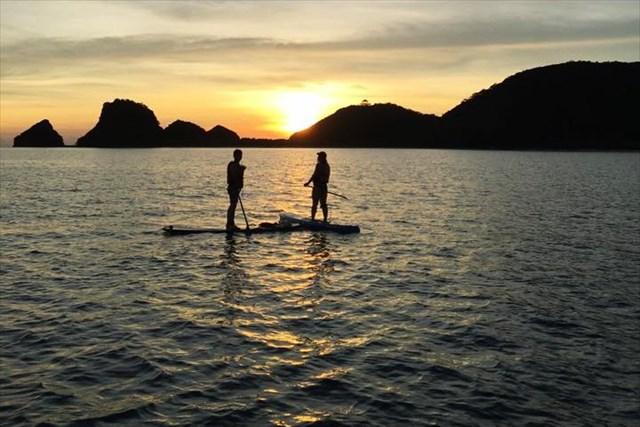 【座間味島・SUP】座間味島の夕陽を見よう!サンセットSUPツアー※写真付き
