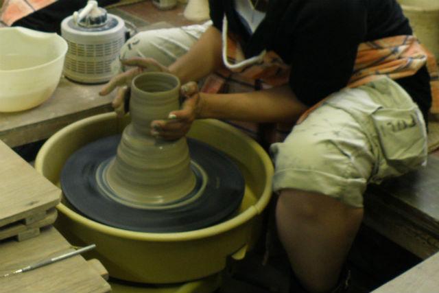 【岐阜県多治見市・陶芸体験】気分はプロの陶芸家!電動ろくろで陶芸体験