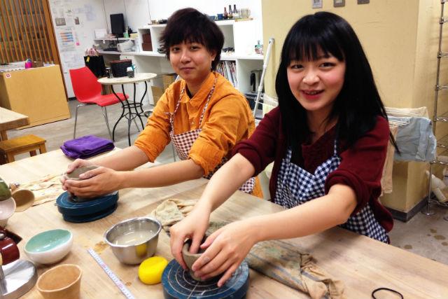 【富山・陶芸体験】手びねりで陶芸体験!世界で1つだけの食器を作りましょう!