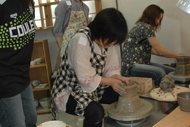 【中津市・陶芸体験】電動ろくろで陶芸制作。団体様専用のプランです