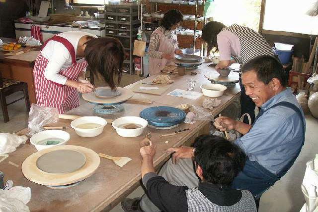 【福岡・行橋・陶芸】土と炎が織りなす陶芸。焼締専門窯で、1日陶芸体験教室